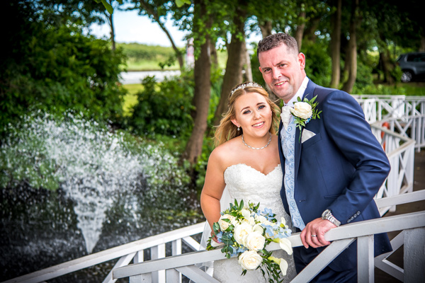bride-groom-wedding-photograph-cottons