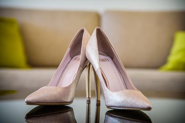 brides-shoes-wedding-photograph