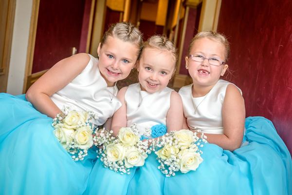 wedding-photograph-flower-girls